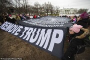تصاویر| خروش زنان علیه ترامپ
