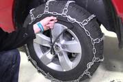 فیلم | اگر بستن زنجیر چرخ را بلد نیستید، این ویدئو را ببینید