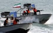 توقیف سه قایق غیرمجاز کویتی در بندر ماهشهر توسط سپاه پاسداران