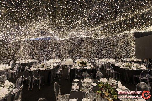 رستورانی پوشیده شده از ۲۵۰.۰۰۰ ستاره؛ تجربه غذا خوردن در جهانی دیگر! +تصاویر