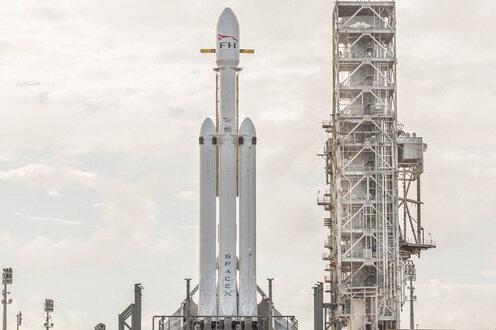 ببینید | موشک آمادهسازی جهت انتقال انسان به مریخ، به فضا پرتاب شد