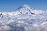 ببینید | قله دماوند، دامن پوش و کلاه بر سر