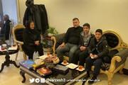 ببینید | لحظات به یاد ماندنی برای دو کودکی که خانوادهشان در پرواز اوکراینی از دست دادند، کنار علی دایی