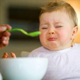 چاره برای کودکانی که بد غذا میخورند