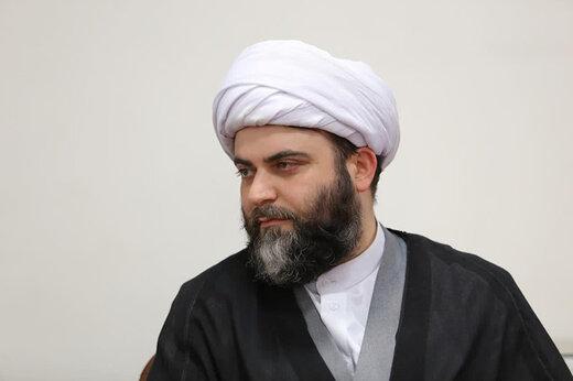 ببینید   حجه الاسلام قمی:الان وسط جنگیم، دشمن فرمانده جنگیمان را شهید کرده