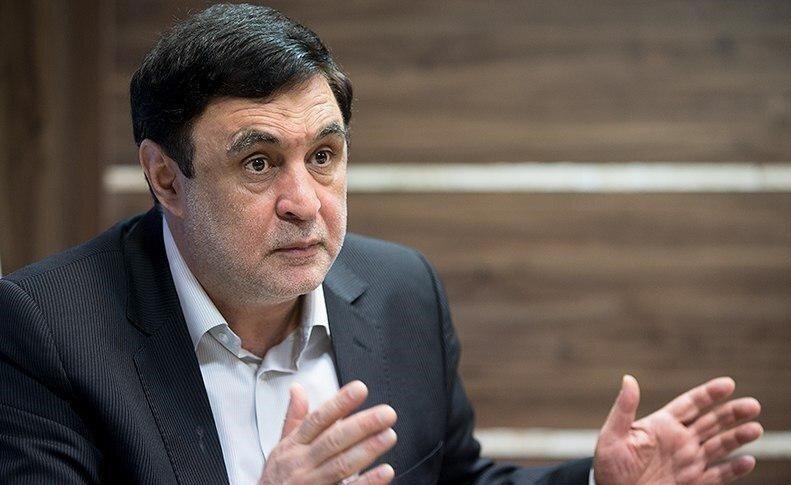 توصیه یک اصولگرا به رئیسی: کابینه از افرادی که در ستاد انتخاباتی بودند تشکیل نشود