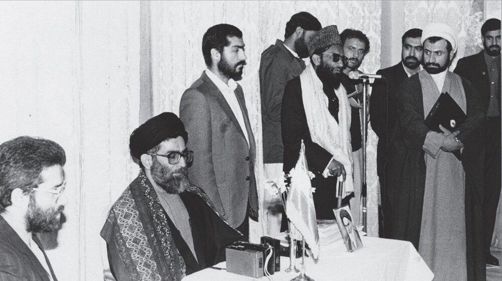 در دویستوبیستویکمین شمارهی هفتهنامهی خط حزبالله با عنوان «معجزه انقلاب»، بخشی از سخنرانی حضرت آیتاللهخامنهای در پنجاب پاکستان منتشر شده است.