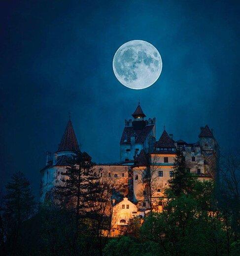 ترانسیلوانیا یا قلعه برن معروف به قلعه دراکولا کجاست؟