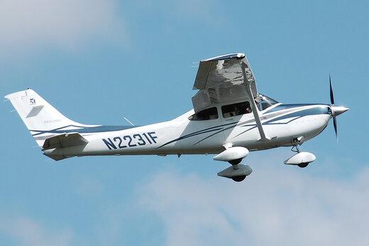 فیلم   تیکآفی خطرناک از هواپیمای سسنا ۱۸۲