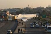 ببینید | حادثه عجیب در ماهشهر: هواپیمای کاسپین از باند خارج و وارد اتوبان مجاور فرودگاه شد
