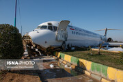ببینید | تلاش برای خارج کردن هواپیمای کاسپین از جاده بندر ماهشهر