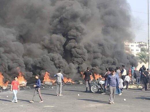 معترضان عراقی جاده پالایشگاه نفت را بستند