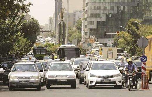 نوسان قیمت در بازار خودرو/۲۰۷ نزدیک به ۵ میلیون تومان عقب نشست