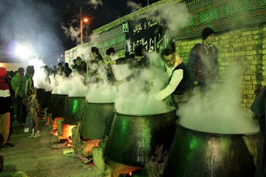 ببینید | پخت ۲۸ دیگ بزرگ آش نذری در تهران