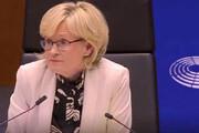 فیلم   جدال لفظی معاون پارلمان اروپا با رهبر حزب برگزیت