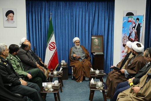 نماینده ولی فقیه در استان قزوین:راهپیمایی ۲۲بهمن باشکوه برگزار شود