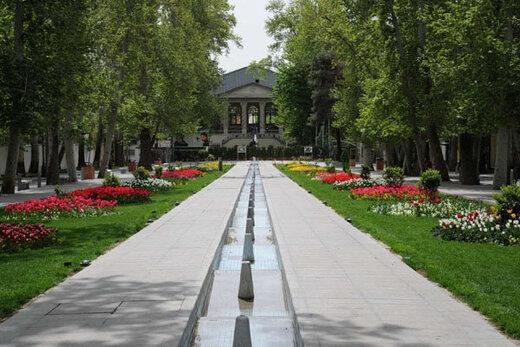 شهرداری منطقه یک گذر سینما در باغ فردوس اجرا میکند