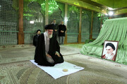Supreme Leader attends late Imam Khomeini's mausoleum