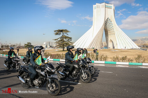 رژه موتور سواران نیروهای مسلح