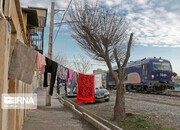 تصاویر | زندگی نا ایمن کنار خط راهآهن در یک قدمی پایتخت