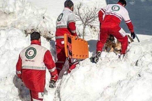 جسد کولبر سقزی از ارتفاعات به پایین منتقل شد