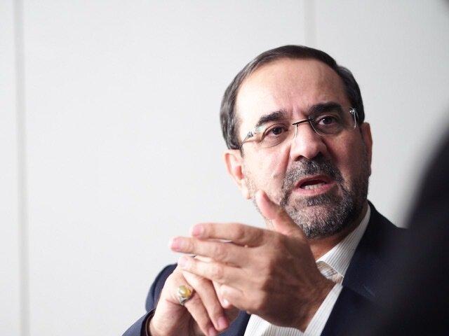 دردسر احمدی نژاد برای وزرایش /عباسی: موفقیت دولت دهم بخاطر وزرایش بود /با احمدی نژاد نه جلسه داشتم نه مشورت کردم