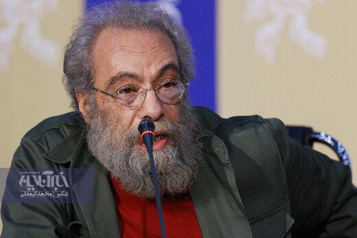 ببینید | ورود فراستی به نشست خبری و تمجید از «روز صفر»: اولین فیلم ملی اکشن ضد امنیتی ایران ساخته شد