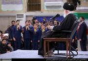 تصویری از دیدار اقشار مختلف مردم با رهبر انقلاب