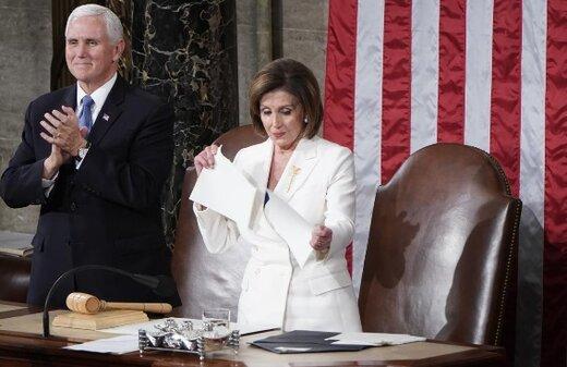 تصاویر  نانسی متن سخنرانی ترامپ را پاره کرد؛ ترامپ کف زد و دست نداد!