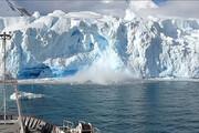 ببینید | لحظه سقوط تکه یخ ۴۰ متری در قطب جنوب