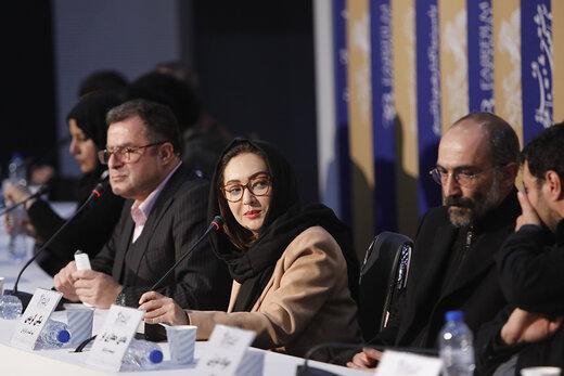 عکس   نیکی کریمی روبهروی خبرنگاران در سینمای رسانه