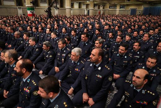 دیدار جمعی از فرماندهان و کارکنان نیروی هوایی و نیروی پدافند هوایی ارتش