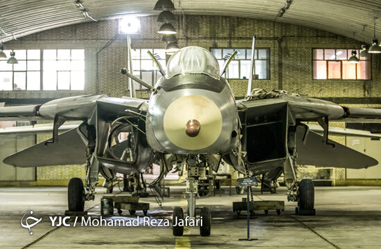 F-۱۴؛ پرنده مدافعان آسمان ایران اسلامی/ صفر تا صد اورهال گربه ایرانی + تصاویر
