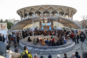 تصاویر | جشنواره تئاتر فجر روی سنگ فرشهای چهار راه ولیعصر