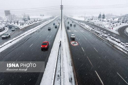 برف و باد در پایتخت/ دمای تهران سه درجه زیر صفر میرود