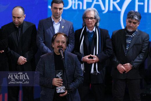 مجید مجیدی برنده سیمرغ بهترین فیلم در اختتامیه سی و هشتمین جشنواره فیلم فجر برای فیلم «خورشید»