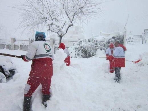 دستور رییس جمهور  به ۴ وزیر برای رسیدگی به مردم گیلان بعد از بارش شدید برف /چه کسی به عنوان نماینده روحانی عازم منطقه میشود؟