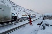 ببینید   ورود ارتش برای کمک به مردم گیر کرده در برف بیسابقه گیلان
