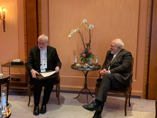 دیدار ظریف و وزیرخارجه واتیکان