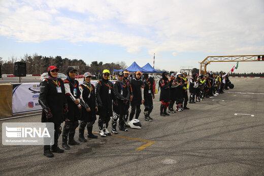 مسابقات موتور سواری بانوان