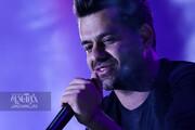 ببینید | همخوانی مردم با «رضا بهرام» در جشنواره موسیقی فجر