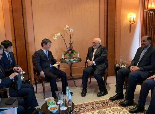 Iran, Japan examine regional developments