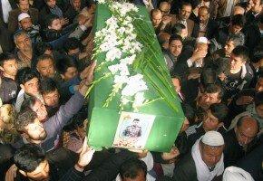 پیکر مطهر شهید مدافع حرم «رضایی» در کاشان تشییع شد