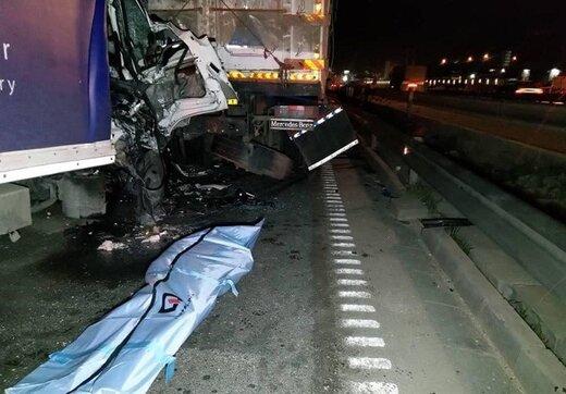 تصادف مرگبار کامیونت با کامیون/ تصاویر