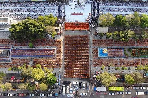 ببینید   دعای ۱۰۰۰۰ نفری راهبان تایلندی