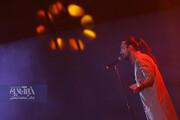 تصاویر تماشایی از اجرای امیرعباس گلاب در جشنواره موسیقی فجر