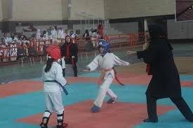 بانوان میبد قهرمان مسابقات کاراته استان یزد