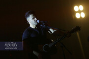 تصاویری دیدنی از اجرای سیروان خسروی در جشنواره موسیقی فجر