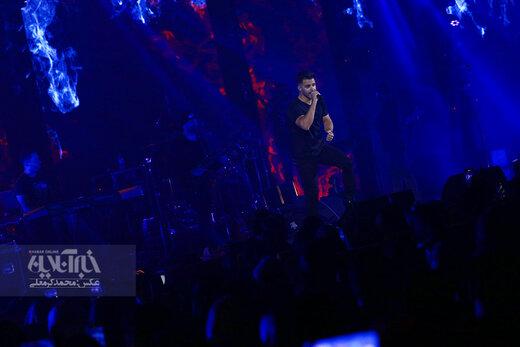 اجرای سیروان خسروی در جشنواره موسیقی فجر