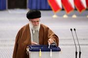 رهبر انقلاب:هر کس به منافعملی علاقهمند است در انتخاباتشرکت کند